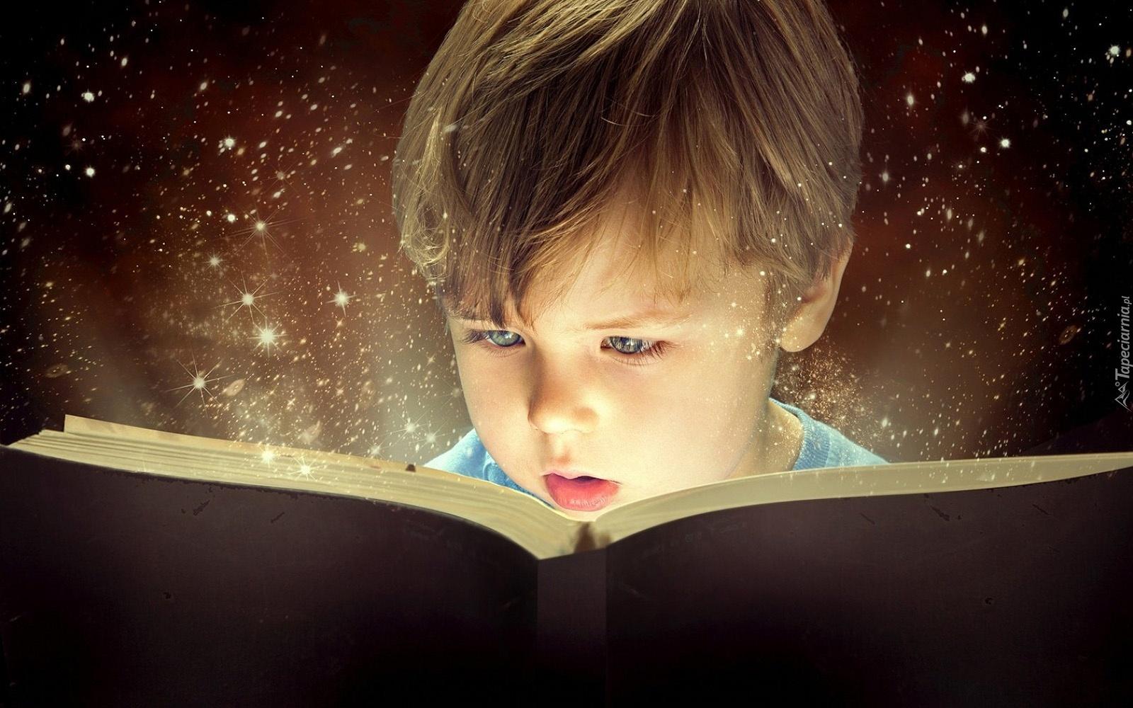Blogerzy polecają ulubione książki swojego dzieciństwa
