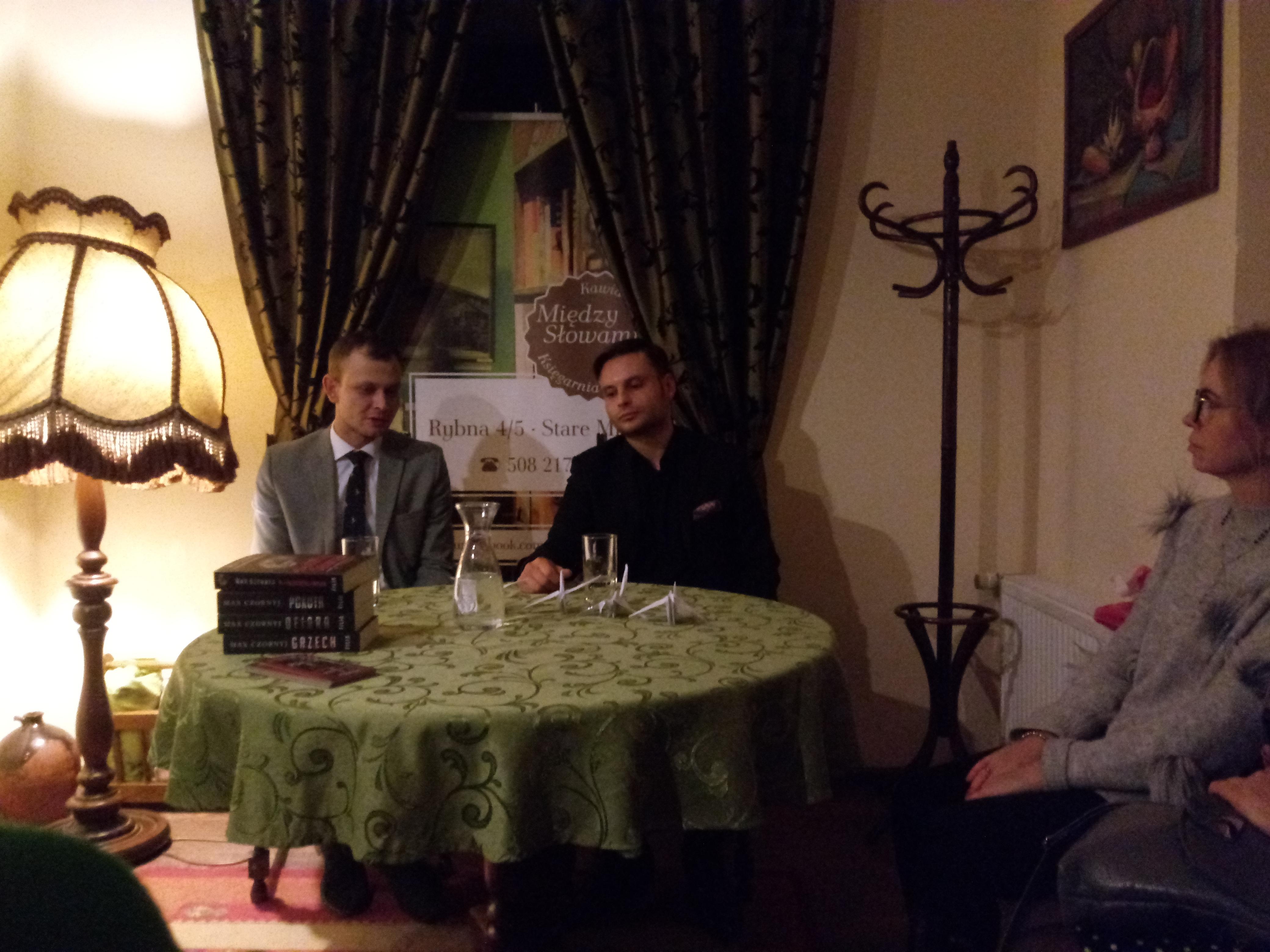 12.12.2018 Spotkanie z Maxem Czornyjem, autorem trylogii o komisarzu Eryku Deryle